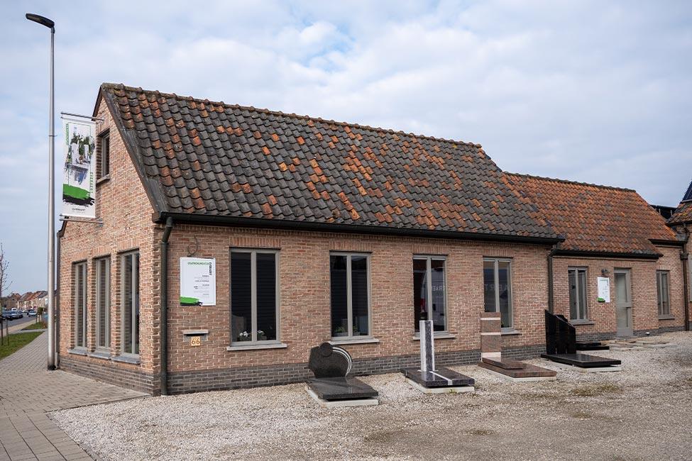 Natuursteen Everaert - Sint-Martens-Latem - Toonzaal Zwijnaarde
